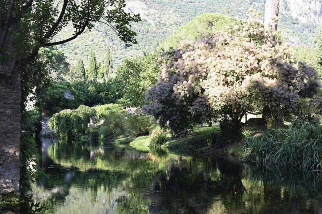 giardino ninfa sito archeologico naturale